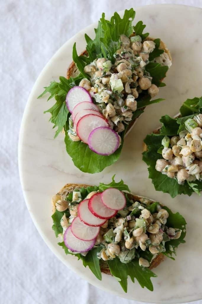 Chickpea Salad Smørrebrød