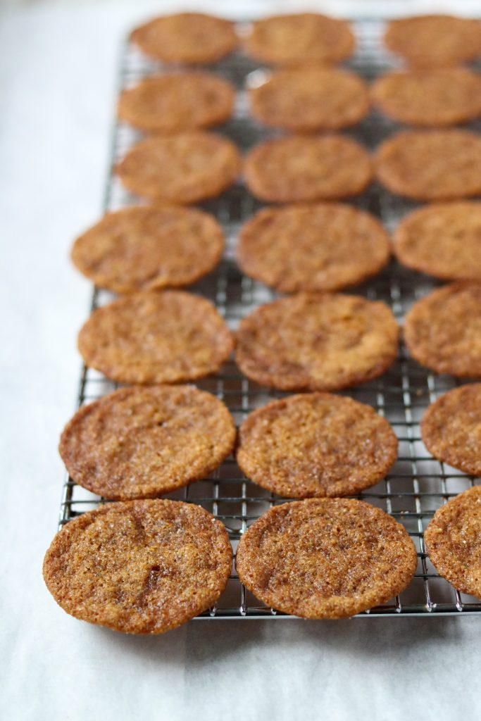 Swedish ginger snaps on a cooling rack