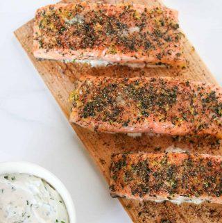 Easy Grilled Cedar Plank Salmon with Creamy Horseradish Sauce